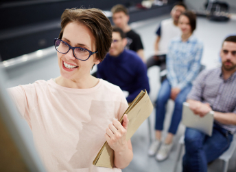 Five Reasons Why Organizations Should Hire Motivational Speakers